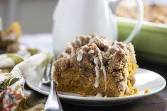 The Best Pumpkin Cake Recipe, Pumpkin Cake Recipes, Pumpkin Coffee Cakes, Coffee Cookies, No Bake Desserts, Delicious Desserts, Pumpkin Breakfast, 9x13 Baking Dish, Sugar Cake