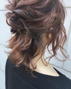 多毛でくるりんぱが綺麗にできない!「のこりんぱ」でおしゃれ見えを叶えよう♡ - LOCARI(ロカリ)