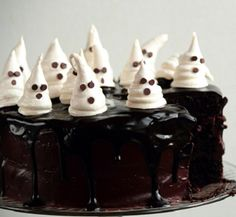 Fun Chocolate Fudge Cake with Ghost Meringues for Halloween! Find the recipe here: http://www.pastryaffair.com/blog/2011/10/18/chocolate-fudge-cake-with-ghost-meringues.html