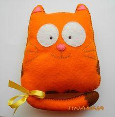 Апельсиновый кот из фетра