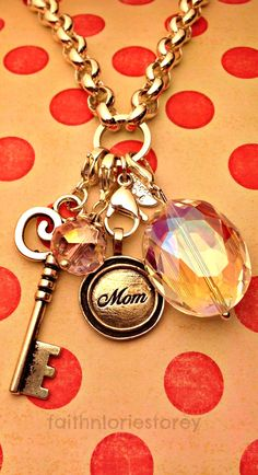 Show your Mom some Origami Owl love.