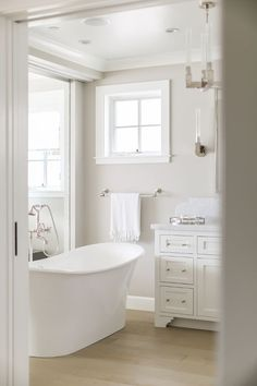 Benjamin Moore Revere Pewter and Benjamin Moore Decorators White. Winkle… house decor white California Beach House with Crisp White Coastal Interiors Benjamin Moore Bathroom, Revere Pewter Benjamin Moore, Benjamin Moore Colors, Benjamin Moore Decorators White, Benjamin Moore Intense White, Benjamin Moore Shoreline, Benjamin Moore Silver Satin, White Dove Benjamin Moore Walls, Collingwood Benjamin Moore
