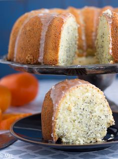 orange poppyseed bundt cake on cake pan with cake slice at bottom Orange Poppy Seed Cake, Poppy Seed Bundt Cake, Orange Bundt Cake, Desserts For A Crowd, Köstliche Desserts, Delicious Desserts, Southern Peach Cobbler, Pear Recipes, Cake Recipes