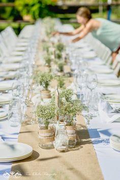 Decoración mesas boda con arpilleria