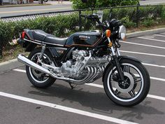 Gallery for Honda CBX Cafe Racer - image Vintage Honda Motorcycles, Honda Bikes, Cars And Motorcycles, Concept Motorcycles, Honda Cbx 1050, Cb 1000, Motos Honda, Japanese Motorcycle, Touring Bike
