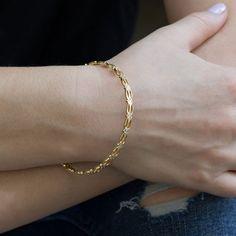 Silver Bracelets - collection of sterling silver bracelets set with gemstones Plain Gold Bangles, Gold Bangles Design, Gold Earrings Designs, Gold Designs, Gold Jewelry Simple, Gold Jewellery, Handmade Jewellery, Personalised Jewellery, Crystal Jewelry
