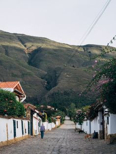 Trip To Colombia, Beaux Villages, Rue, Brazil, Environment, Street View, Landscape, Places, Writing