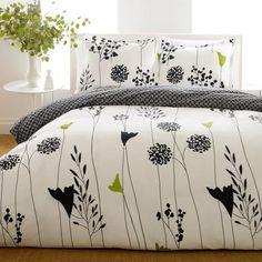 Perry Ellis Asian Lilly 3-piece Mini Duvet Cover Set Ruffle Bedding, Duvet Bedding, Comforter Sets, Linen Bedding, Bed Linens, King Duvet, Black Comforter, Floral Bedding, Queen Duvet