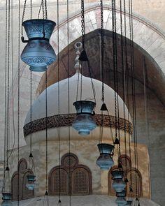 antieverythingism:    Interior Sultan Hassan Mosque, Cairo, Egypt   (by romsrini on Flickr.)    Cairo, EGYPT.