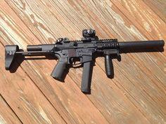 "Quarter Circle 10 Glock small frame 9mm AR with 5.5"" barrel"