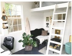 Shed Office, Backyard Office, Backyard Sheds, Loft Office, Backyard Cottage, Backyard Studio, Office Inspo, Garden Studio, Garden Cottage