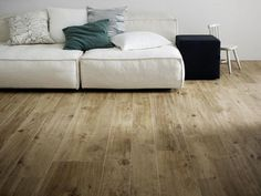 1000 images about houtlook tegels on pinterest stoneware tile and van for Finto parquet prezzi