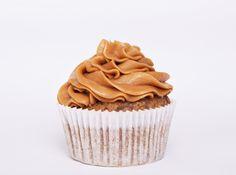 Cupcake de caramelo relleno. Especial Matrioskas Eventos. Cupcakes decorados, especiales, de temporada, encarga tus cupcakes