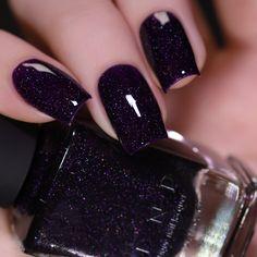 Dark Purple Nails, Purple Glitter Nails, Dark Nails, Gel Nails, Red Glitter Nail Polish, Dark Color Nails, Holographic Nail Polish, Nail Polish Art, Nail Polish Colors
