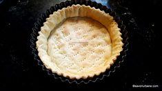 aluat precopt de tarta sarata quiche Quiche Lorraine, Quiche Recipes, Bacon, Cookies, Desserts, Food, Crack Crackers, Tailgate Desserts, Deserts