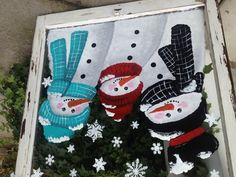 snowman painted old window - Yahoo Image Search Results Schneemann malte altes Fenster - Yahoo Image Painted Window Panes, Window Art, Painted Screens, Window Frames, Window Ideas, Winter Christmas, Christmas Snowman, Christmas Windows, Christmas Stuff