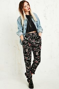 Kimchi Blue Girly Harem Pants in Black at Urban Outfitters