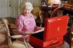 Official portrait: The Queen photographed by Mary McCartney at Buckingham Palace to mark her record-breaking reign
