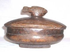 Antique-Covered-wooden-bowl--Lozi-People--Zambia-Africa