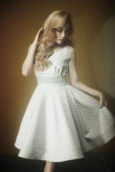 Taeyeon ressemble à une princesse Taeyeon look like a princess - Lion Heart photo teaser -