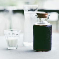 Chill Brazil, cold brew coffee served with milk by Omoteopupo Homemade Breakfast, Cold Brew, Coffee Beans, Brazil, Brewing, Chill, Food, Style, Swag