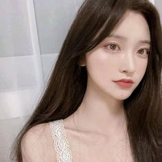 Uploaded by thealienswife. Find images and videos about cute, beautiful and pretty on We Heart It - the app to get lost in what you love. Ulzzang Korean Girl, Cute Korean Girl, Korean Beauty Girls, Asian Beauty, Korean Aesthetic, Aesthetic Girl, Baby Clothes Brands, Korean Face, Uzzlang Girl