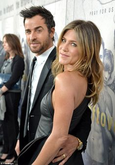 Jennifer Aniston wears tight dress at Justin Theroux's premiere #dailymail