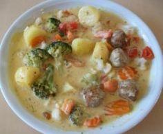 All-in-one Gemüsemix mit Hackbällchen/Köttbullar und Kartoffeln