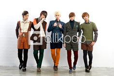 LEDApple: I've been getting into this band group. I fell in love with the lead vocalist's, Hanbyul's, voice. They are so talented in each of their respective instruments, and the music they make is a combination of genres. Yes, they may not be entirely poppish, but their style is something very separate to mainstream K-pop :)