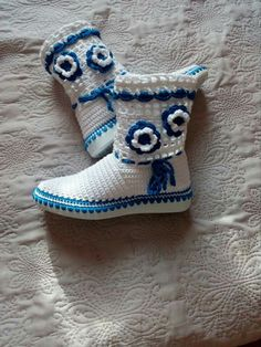 Spring Boots, Crochet Shoes, Cowboy Boots, Ankle, Fashion, Loafers & Slip Ons, Boots, Moda, Wall Plug
