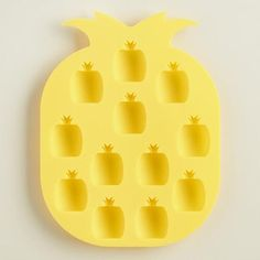 Our easy-release silicone mold is perfect for making pineapple-shaped ice cubes and also useful for freezing, baking or shaping chocolate, gelatin, candy and more.