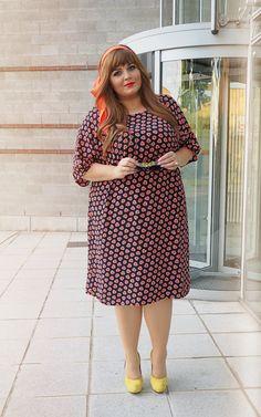 Plus Size Fashion - CONQUORE · The Fatshion Café Plus Size Blog: Chic 70ies · Persona by Marina Rinaldi