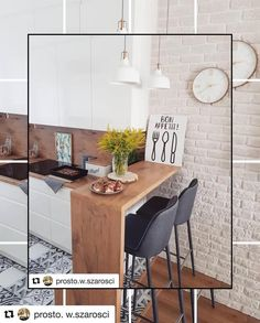 39 Exceptional Ways to Improve and Decorate with a Very Small Kitchen Design - kitchen bar Very Small Kitchen Design, Small Kitchen Tables, Modern Kitchen Design, Interior Design Kitchen, High Table Kitchen, Small Space Interior Design, Small Space Kitchen, Interior Ideas, Studio Kitchen