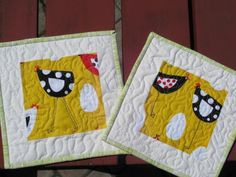 Chicken quilted potholders