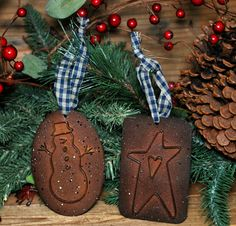 2 Asst Primitive Cookie Cutter Ornaments Snowman Star http://americantraditioncookiecutters.com/