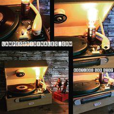 le tourne disque vintage par lampesoriginales.com par lampesoriginales sur Etsy https://www.etsy.com/fr/listing/550990518/le-tourne-disque-vintage-par