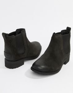 Ugg Bonham Chelsea boot in Black at ASOS. Uggs, Low Key, Chelsea Boots, Fashion Online, Trainers, Latest Trends, Slip On, Heels, Sneakers