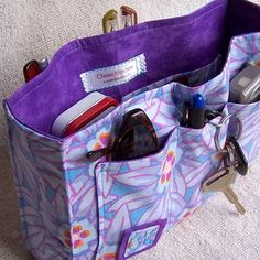 Purse Organizer Sewing Pattern Free | ... Can't Find Anything in Your Purse? 10 Purse Organizers to the Rescue