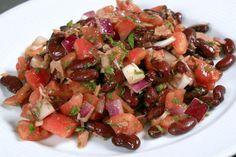 Fazuľový šalát s paradajkami