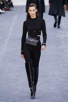 484f22e19ce1 Bella Hadid Model Watch: Fashion Runway Appearances Bella Hadid Style, Bella  Hadid Fall,