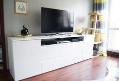 Meble na wymiar Katowice / Mysłowice  szafka pod TV , frezowane uchwyty , meble na wymiar , biały lakier połysk , nowoczesne wnętrza