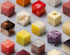 Aujourd'hui, le travail impressionnant des artistes Lernert & Sander est à l'honneur. Cette oeuvre artistique culinaire et géométrique présente 98 aliments crus découpés en cubes de 2,5 cm.  Seriez-vous reconnaître chacun de ces aliments ?  www.cookandjoy.fr