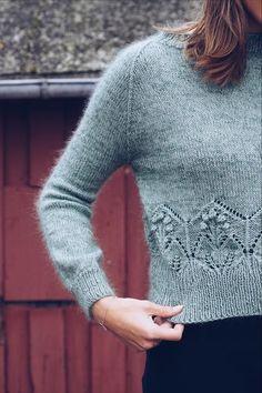 Nannas bluse pattern by Thea Rytter Vaskavulla Knit : Ravelry: Nannas bluse pattern by Thea Rytter Vaskavulla Knit Sweater Knitting Patterns, Knit Patterns, Textiles, Sweater Tank Top, Summer Knitting, Mohair Sweater, Winter Sweaters, Women's Sweaters, Knitting For Beginners