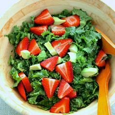 Kale, Avocado, and Strawberry Salad, Curated by Relay Foods Raw Food Recipes, Salad Recipes, Vegetarian Recipes, Cooking Recipes, Healthy Recipes, Kale Salad, Vegetable Salad, Soup And Salad, Avocado Salad