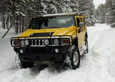 H2 Hummer in Snow.