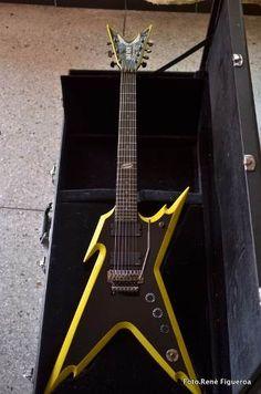 Guitarra Dean Razorback 7 Cuerdas Con Emg - BsF 13.500,00