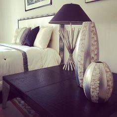 Avory, Black & Silver ❤️#Lamp #Leather #Table #Vase #Avory #Elegance #Black #Furniture #Design #Decor #InteriorDesign #ComplementiDarredo #CasaIdeaAmaLaTuaCasa #Casaidea #CasaideaTavazzano #Arredamento #Arredatori #Progettazione #Stile #Arredo #SuMisura #AcerbiCasaideaArredamento #CasaideaTavazzano #ArredatoriDal1928  www.acerbicasaidea.com