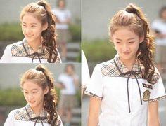 Lee Seul Bi ( Kim Sae Ron) en el nuevo drama Hi School Love on New Korean Drama, Korean Drama Movies, Korean Dramas, Hi School Love On, School Looks, Kim So Eun, Kim Sejeong, Nam Woo Hyun, Korean Actresses