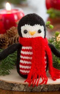 "Winter Penguin - Free Knitting Pattern - PDF File - Click ""Download Printable Instructions"" here: http://www.redheart.co.uk/free-patterns/winter-penguin"