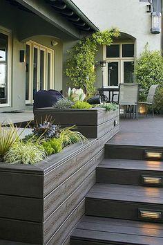 Illuminate garden steps and make them an eye-catcher - Garden Design Ideas Modern Front Porches, Front Porch Design, Deck Design, Garden Design, Porch Designs, Garden Stairs, Deck Stairs, Veranda Design, Exterior Stairs